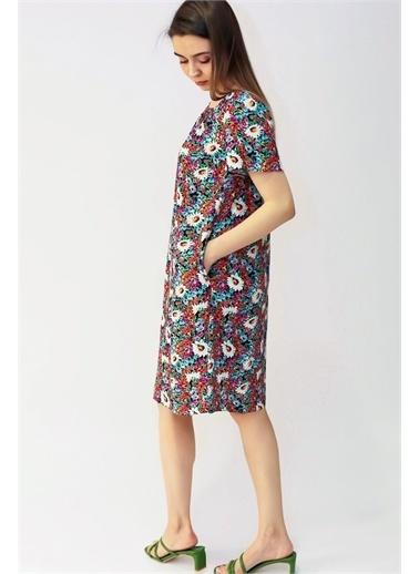 Curly Çiçek Desen Omuzu Lastikli Elbise Fuşya